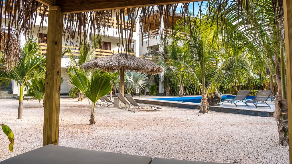 Beaches lounge